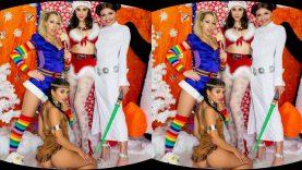 Santas-Wankzshop-WANKZVR-Zoey-Monroe-Chanel-Preston-Gina-Valentina-Adria-Rae-vr-porn-video-vrporn.com-virtual-reality1